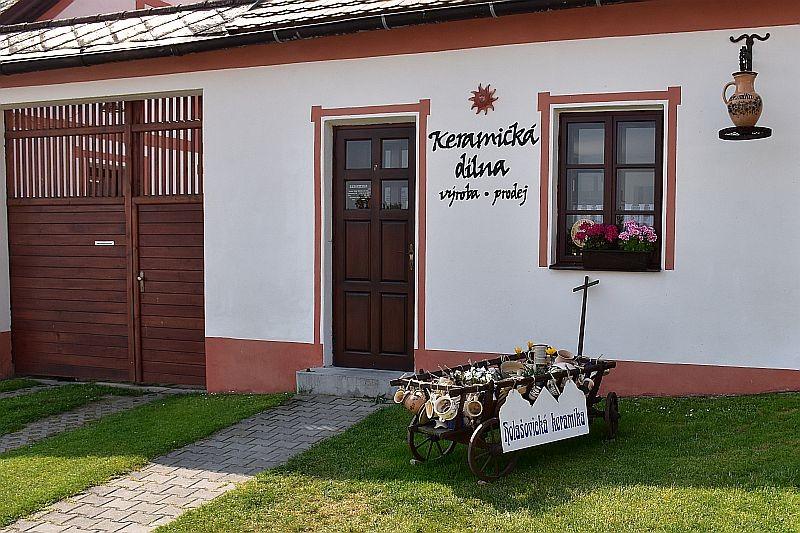 Fichtlmnie cesta k ernmu moi - Obec Holasovice