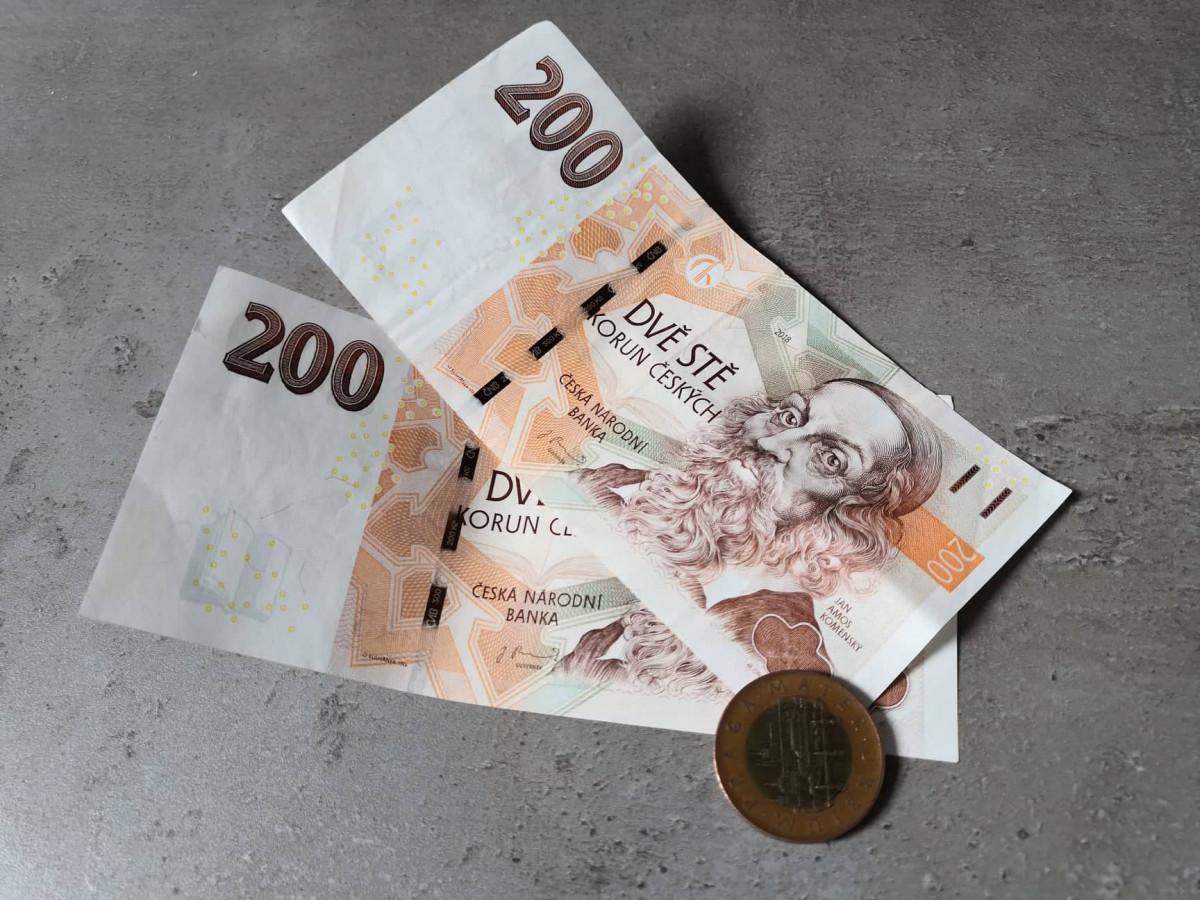 Peníze valuty koruny pribor české