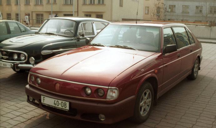 TATRA 700 osobní automobil
