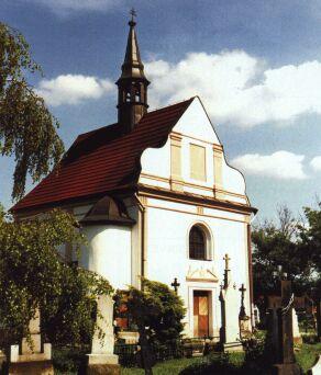 Kostelík sv. Františka Serafinského na starém hřbitověKostelík sv. Františka Serafinského na starém hřbitově