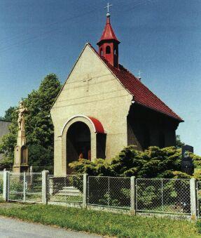 K Příboru patří obec Prchalov s kaplí Božského Srdce Páně a pomníčkem obětem válek.